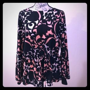 Ann Taylor XL blouse black and pink